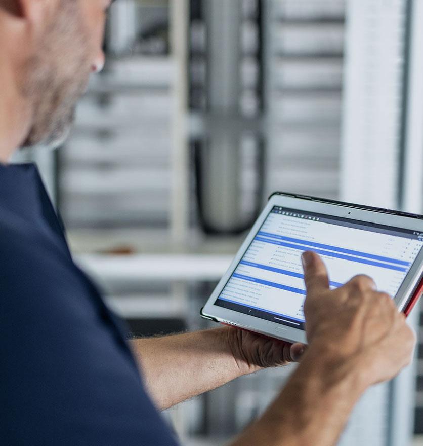 Consultation d'écran d'optimisation des installations de systèmes robotiques automatisés